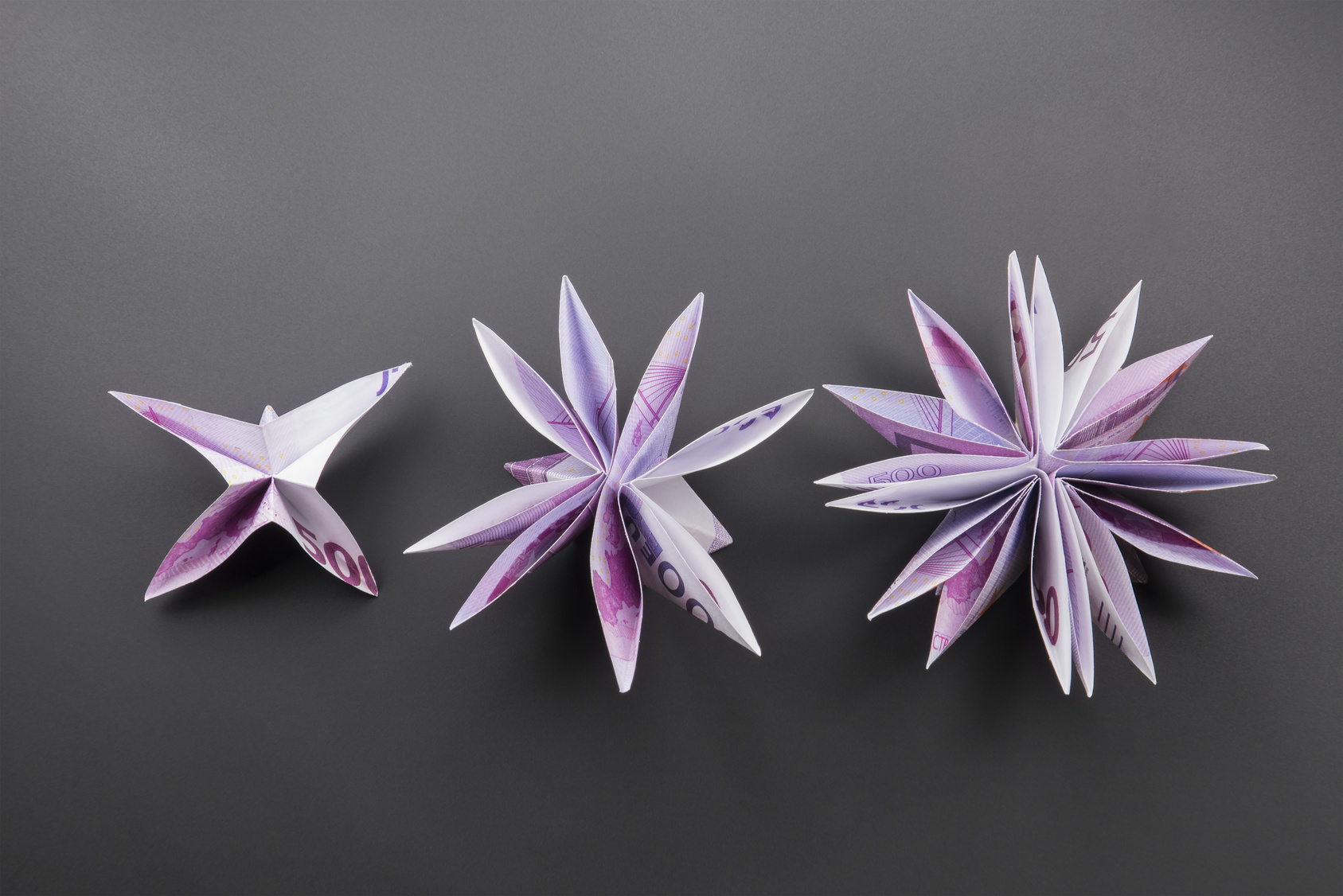 Simple Steps to Making a Beautiful Origami Flower | ULearning